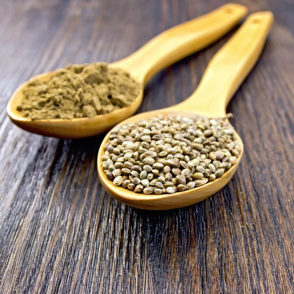 flour-and-seed-of-hemp-in-spoon-on-board-GFQLHTF (1)